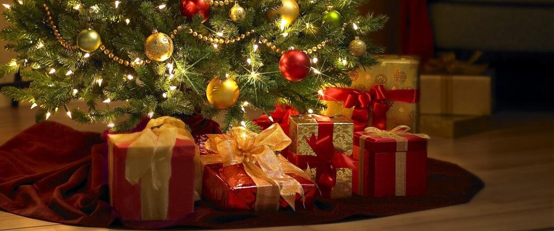 Christmas-Gifts2